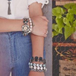 Chloe + Isabel Jewelry - Chloe + Isabel Heirloom Crystal Bracelet